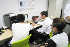 岡谷工業高校のインターンシップ風景